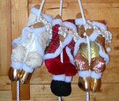 Babbo Natale che si arrampica