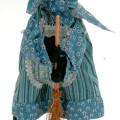 Befana con portadolci su scopa 35 cm
